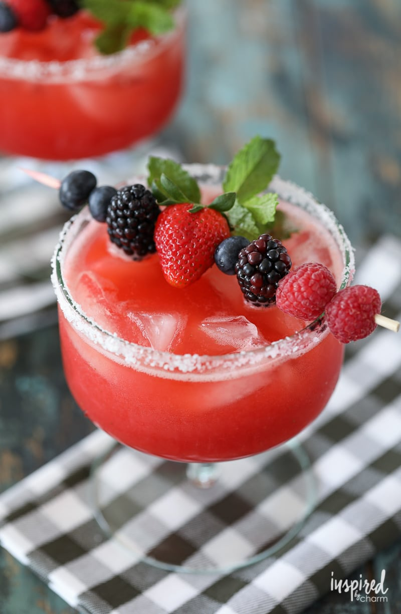 Raspberry Strawberry Margaritas | 4th of July party ideas, 4th of July desserts and more from @cydconverse