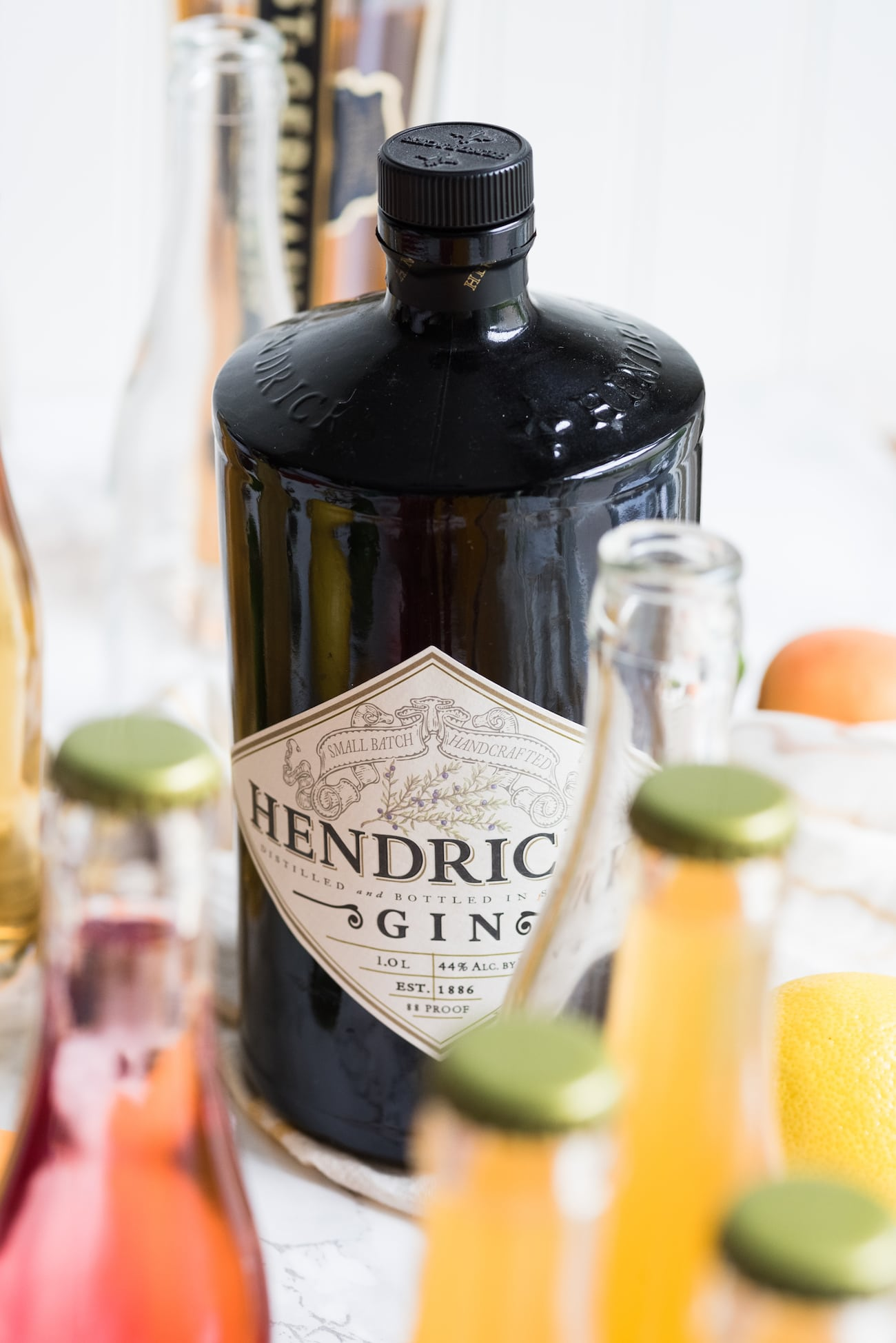 How to Make Bottled Cocktails   Summer cocktail recipes, entertaining tips, summer party ideas and more from @cydconverse