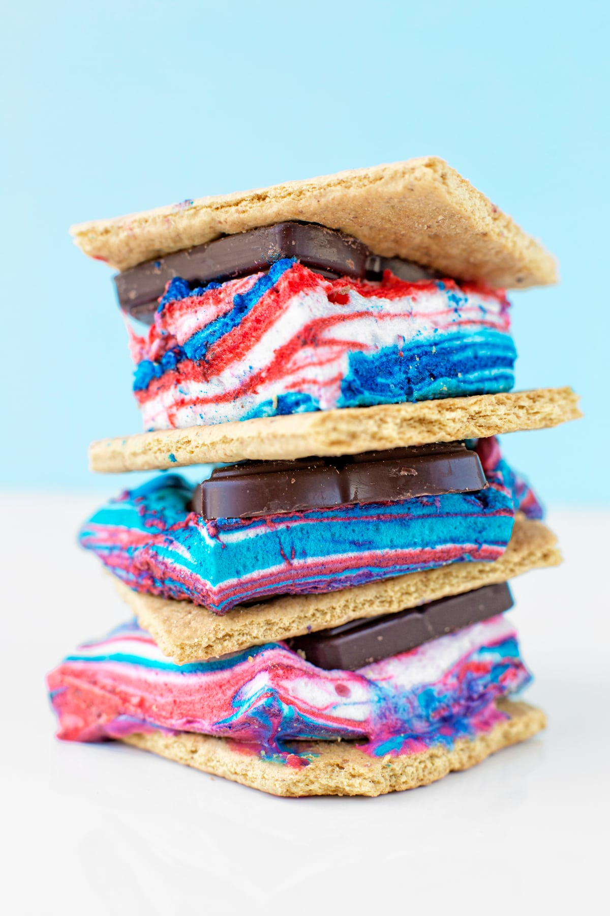Red, White and Blue S'mores | 4th of July party ideas, 4th of July desserts and more from @cydconverse