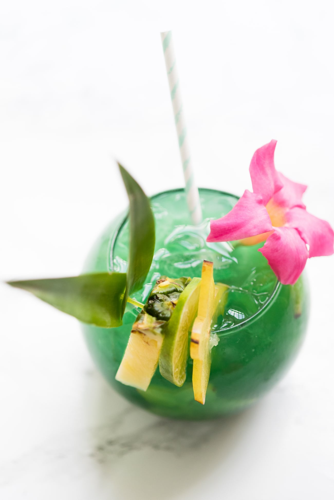 Mermaid Water FIsh Bowl Drinks | Summer cocktail recipes, summer party ideas, recipes and more from entertaining blog @cydconverse