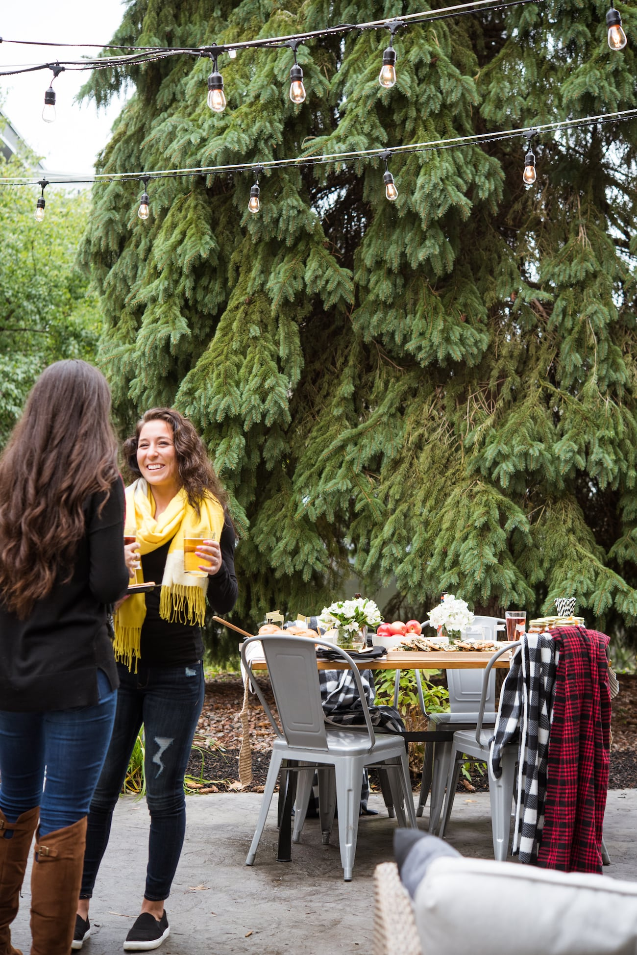 A Festive Fall Tailgate Party from Entertaining Blog @cydconverse