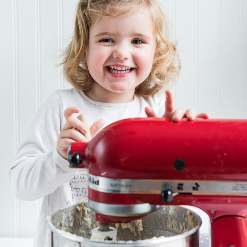 My Best Tips for Holiday Baking with Kids