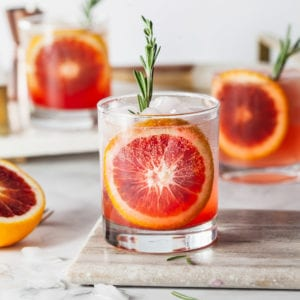 11 Reasons to Make Seriously Delicious Blood Orange Cocktails thumbnail