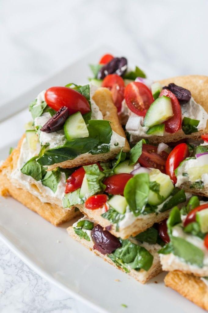 Mediterranean Veggie Flatbread Recipe