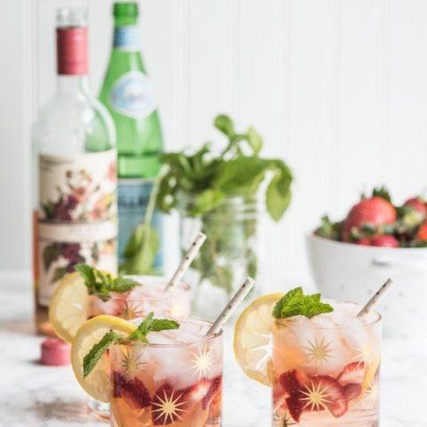 A Summery Rosé Spritzer