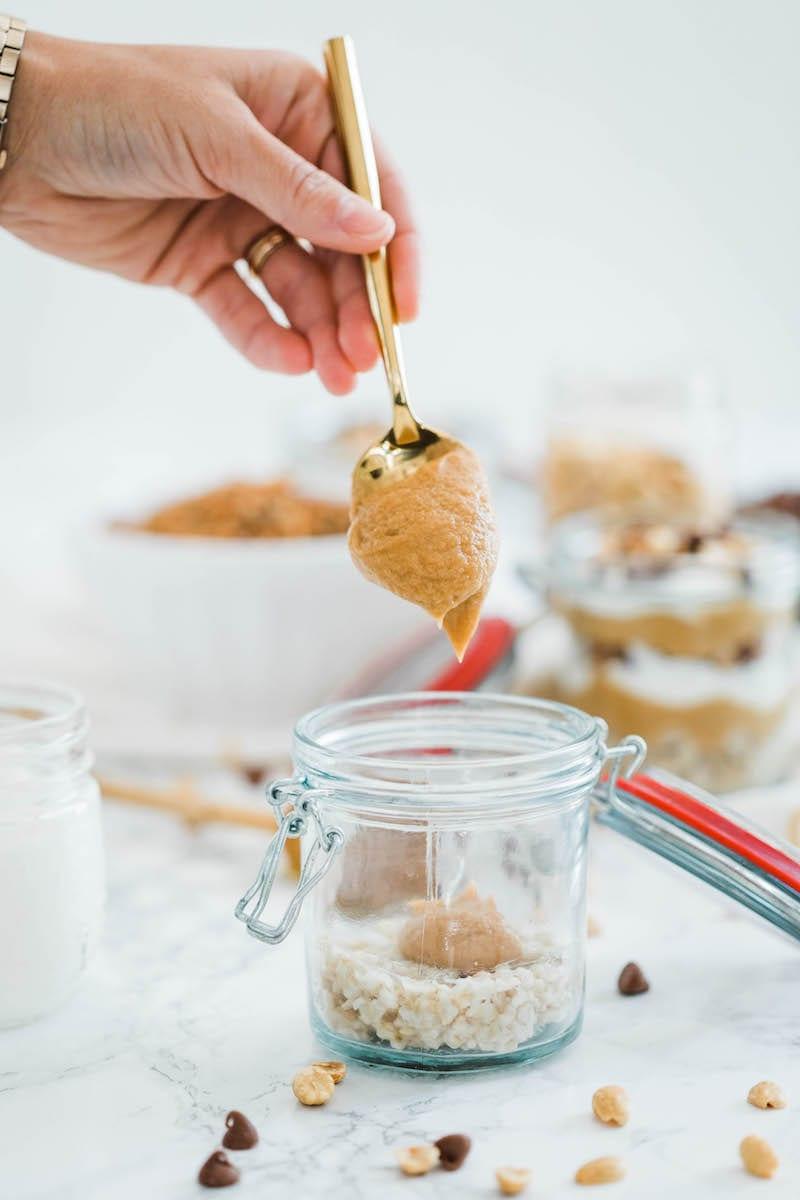 Peanut Butter Breakfast Parfaits - Easy Breakfast Ideas