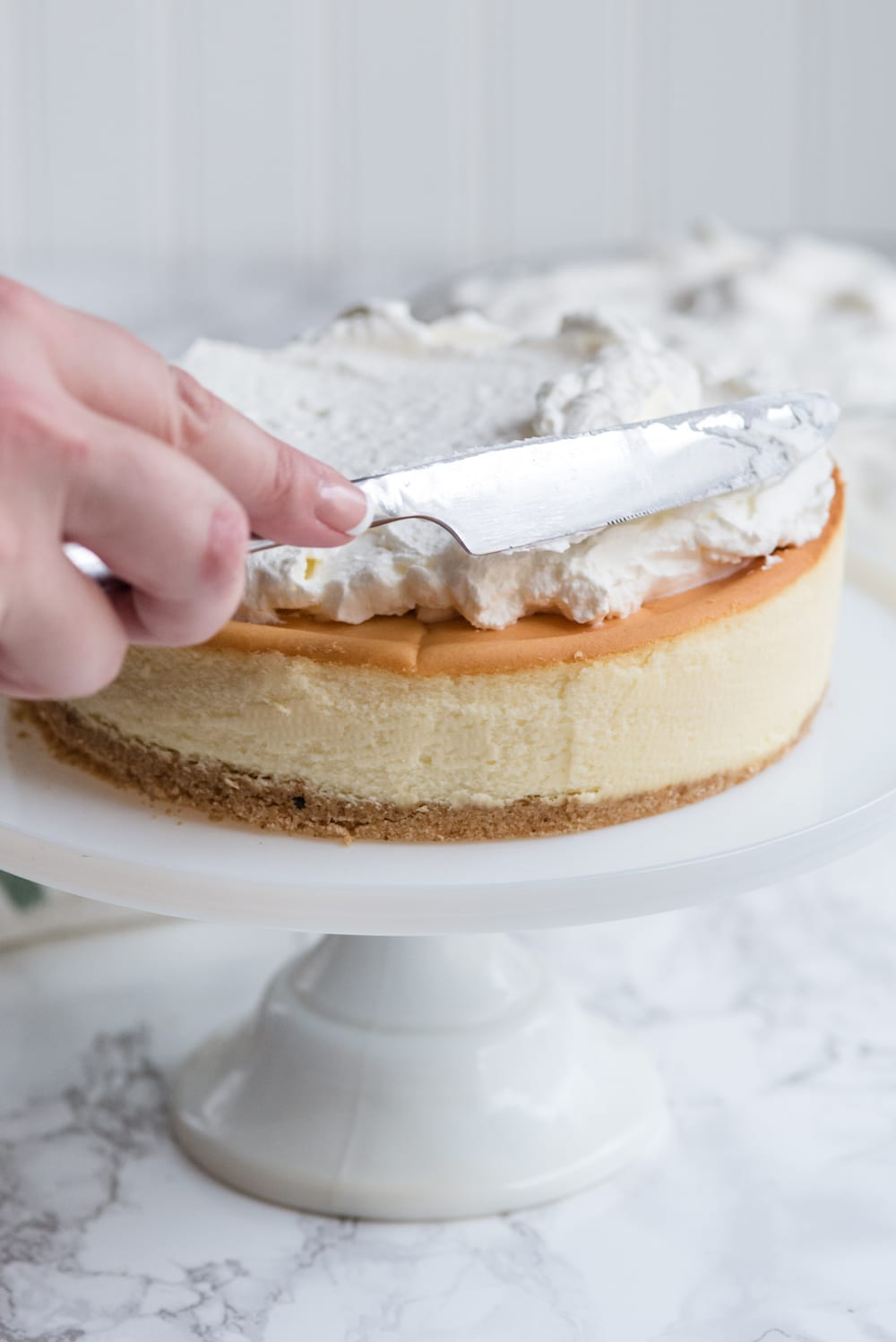 The Easiest Christmas Cheesecake Hack