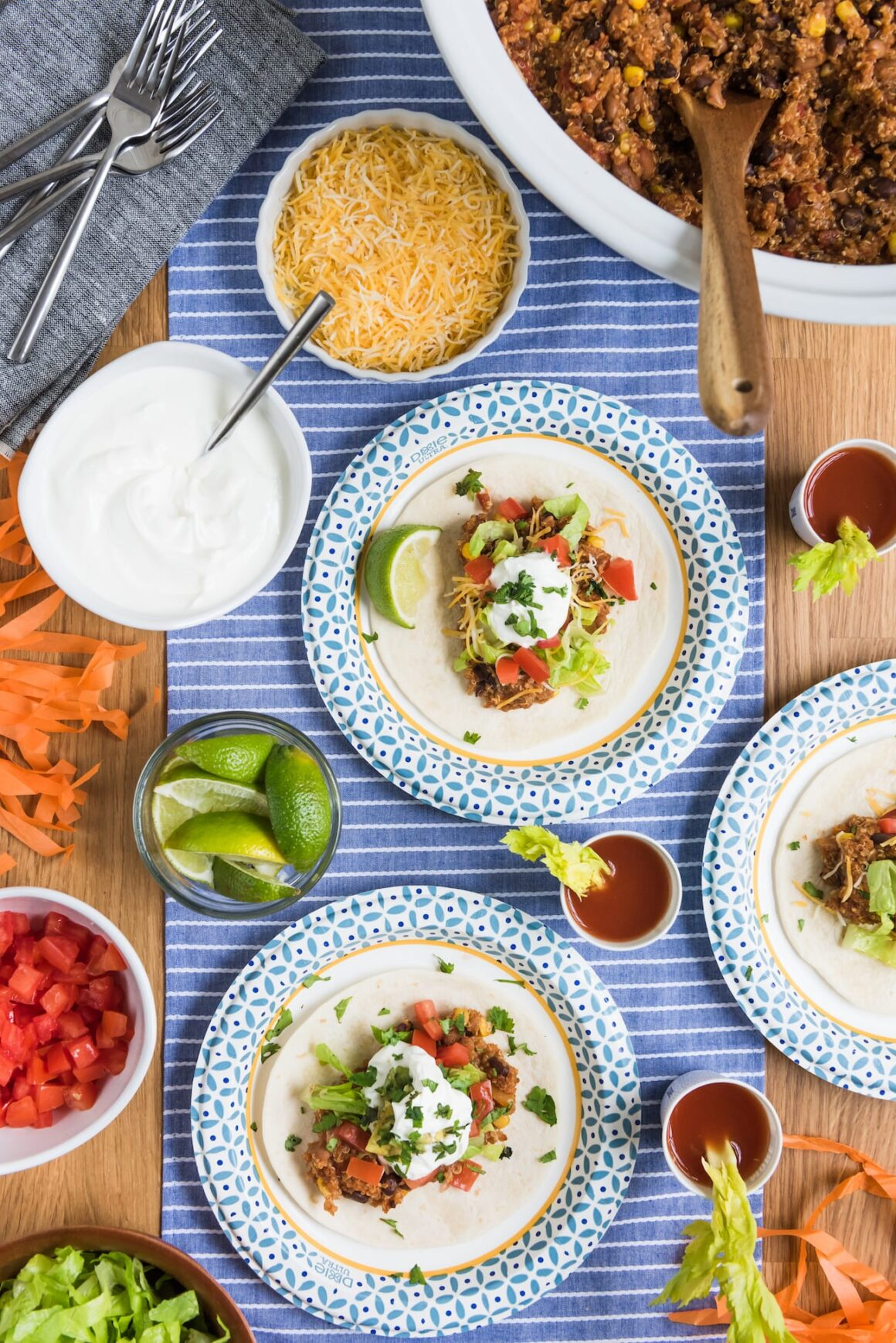 Easy Dinner Recipes: Slow Cooker Tacos