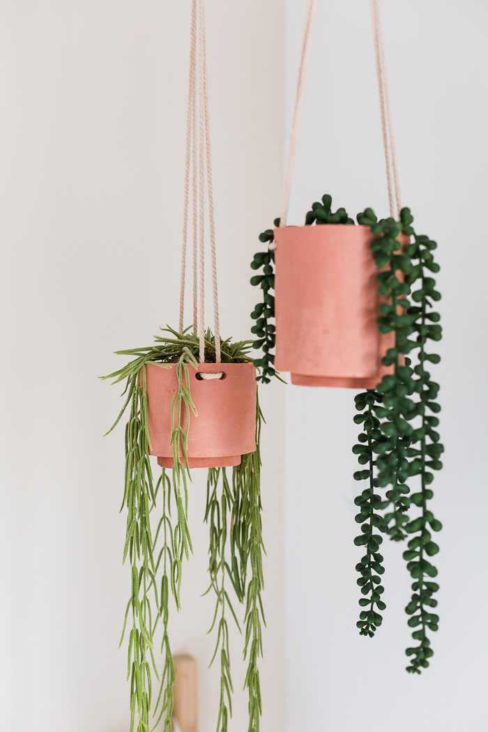 DIY Gifts for Mom: DIY Terracotta Planters