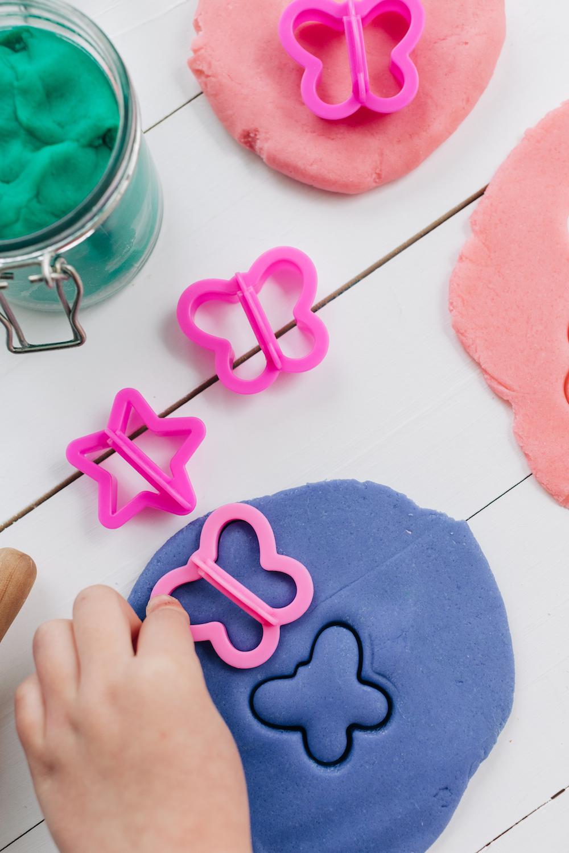 How to Make DIY Playdough