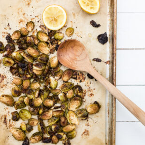 Easy Oven Roasted Brussels Sprouts Recipe thumbnail