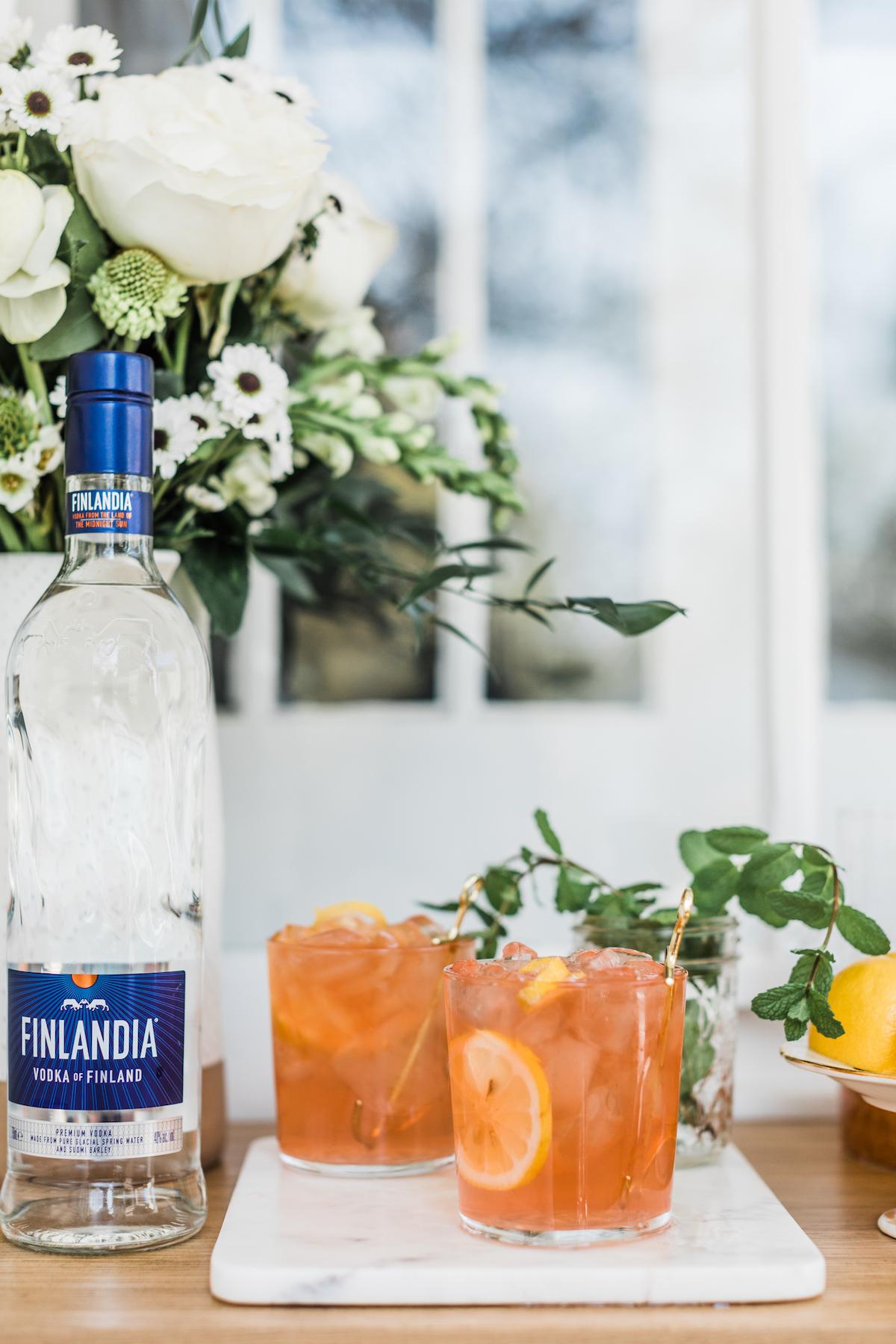 Finlandia Oaks Lily Drink