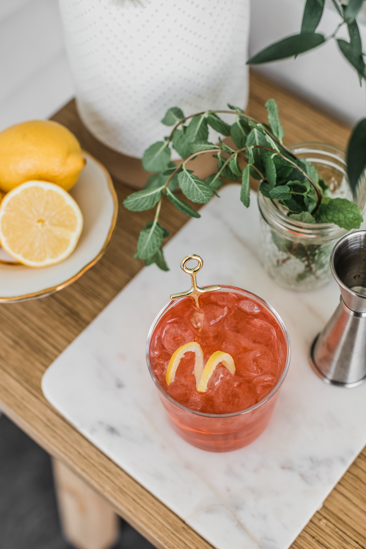 Oaks Lily Cocktail Recipe